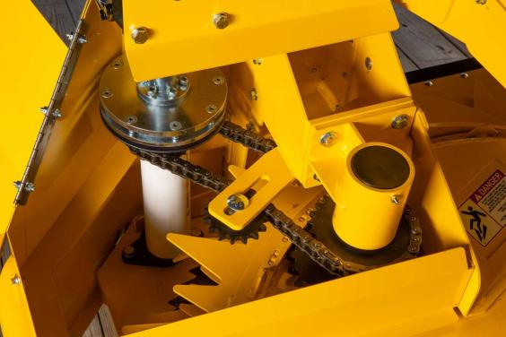 Horning 2-row rotary corn head gearbox detail